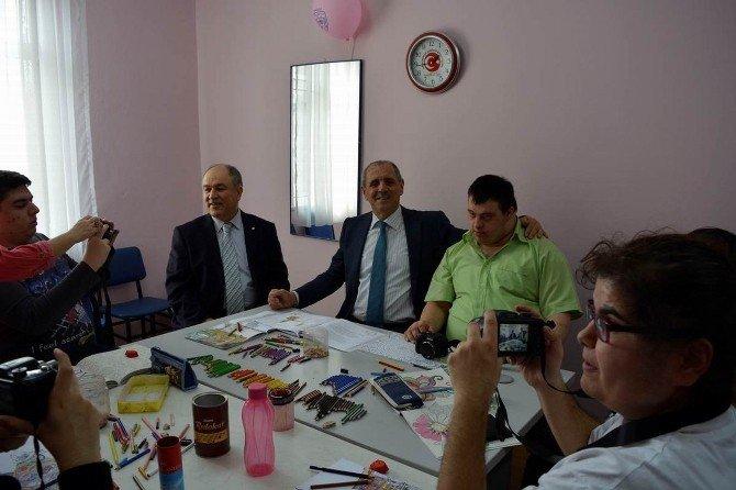 Vali Salihoğlu'ndan Ziçev'e Ziyaret