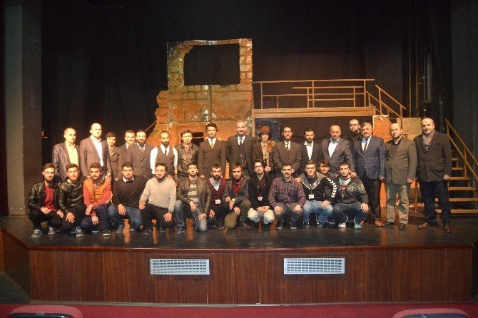 Akif Ruhu Zonguldak'ta Canlandı