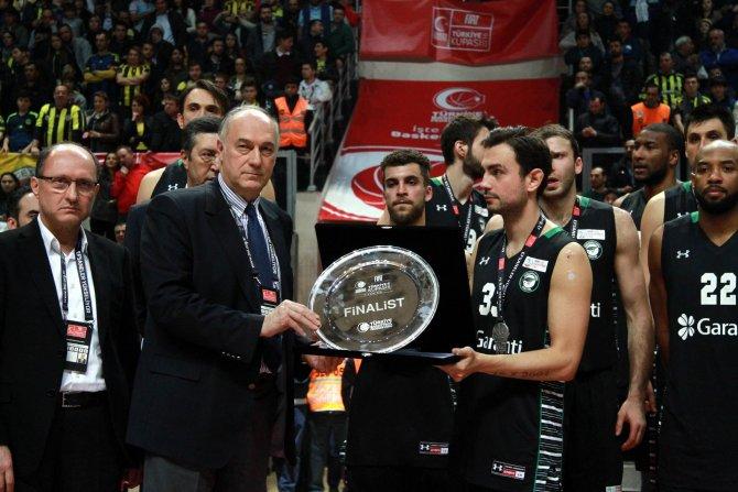 Fenerbahçe: 67 - Darüşşafaka Doğuş: 65