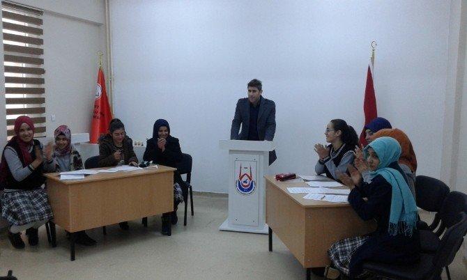 Öğrenciler Arası Ezan Ve Münazara Yarışması
