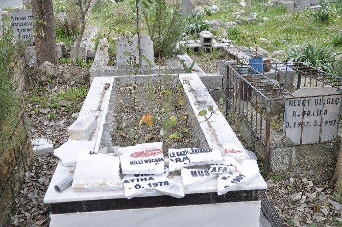 Hatay'da Şehit Ve Gazi Mezarları Tahrip Edildi