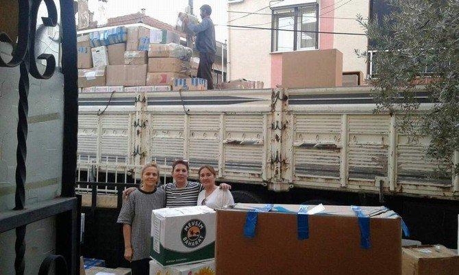 İzmirli Ev Hanımları Siirt'e Gönül Köprüsü Kurdu