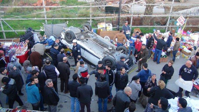 Kontrolden çıkan otomobil pazar alanına uçtu