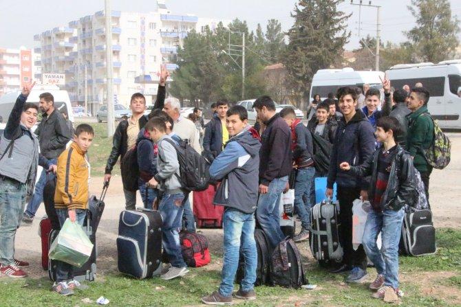 Nusaybin'de öğrenciler telafi eğitimine uğurlandı