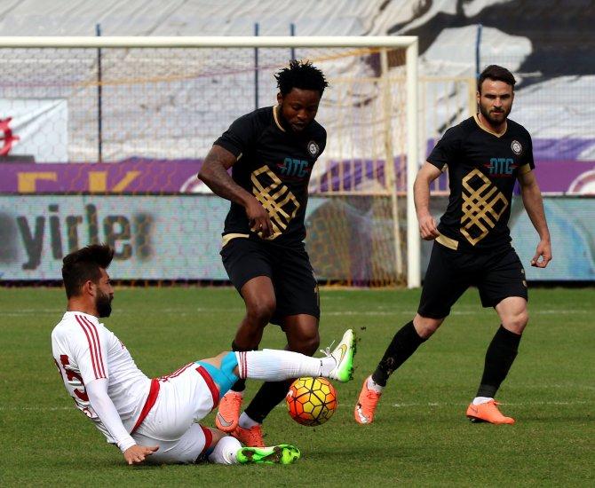 Osmanlıspor FK: 1 - Mersin İdmanyurdu: 1 (İlk yarı)
