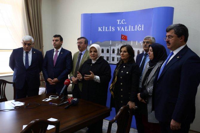 Milletvekilleri boşanma olaylarını araştırmak için sınır hattını geziyor