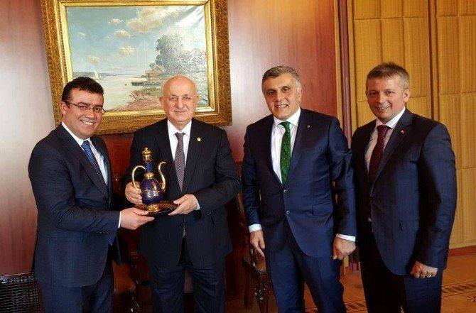 Başkan Taşçı, Meclis Başkanı Kahraman'ı Ziyaret Etti