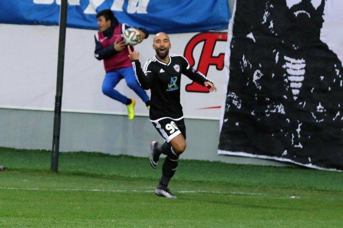 Azerbaycan Premier Lig'de Karabağ lderliğini sürdürdü