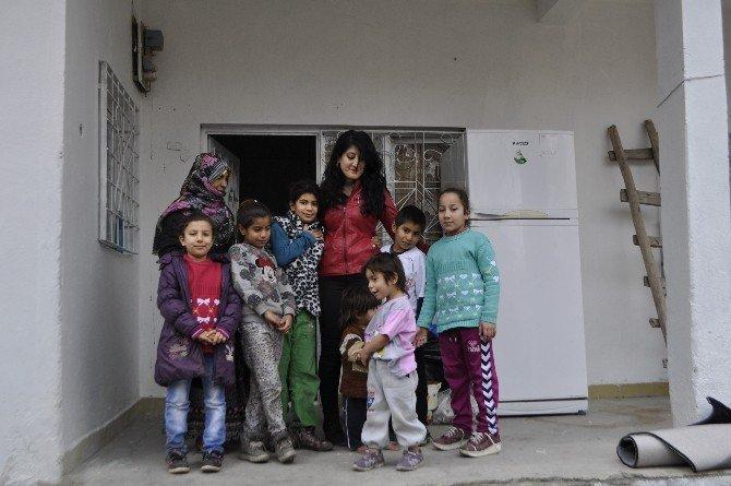 Batman'da Yerel Gazetenin Başlattığı Kampanya İle 9 Kişilik Aile Sıcak Bir Yuvaya Kavuştu