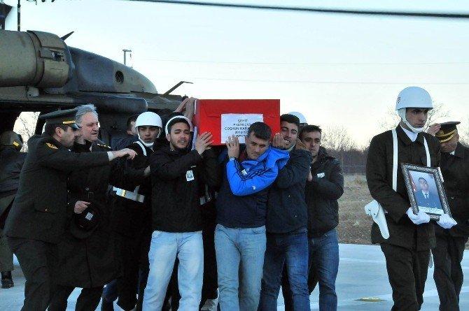 Şehit Uzman Çavuş Karabulut'un Naaşı Memleketi Akşehir'de