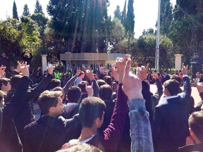 Rektörlük Önünde Çakıroğlu Protestosu