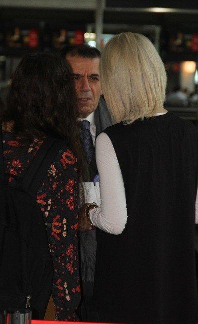 """Dursun Özbek: """"Dostluk İçinde Başladı, Sonradan Çığırından Çıktı"""""""
