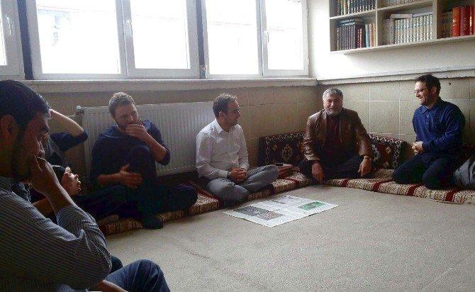 Milletvekili İshak Gazel Ensar Vakfı'nın Öğrencileriyle Buluştu