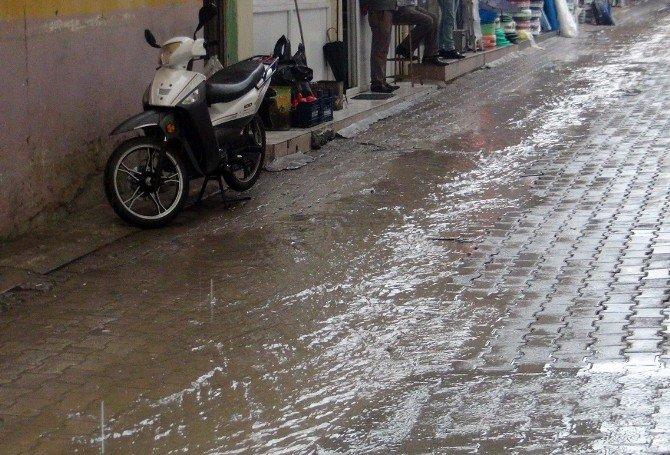 İslahiye'de Dolu Ve Yağmur Etkili Oldu