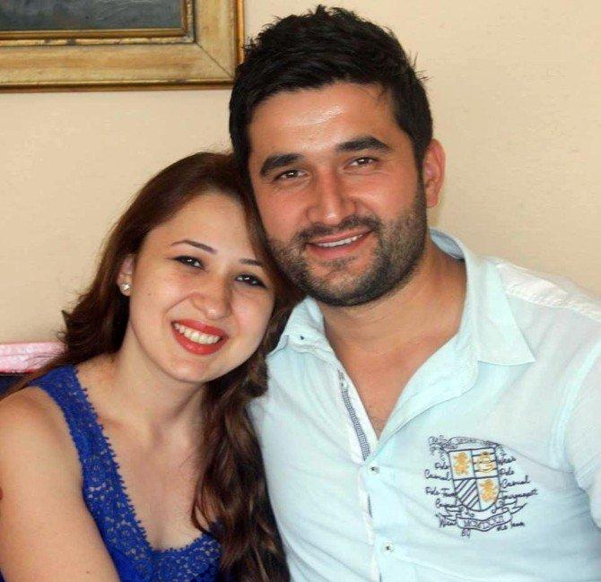 Eşiyle Sahilde Gezerken Madde Bağımlısı Tarafından Öldürülen Akyıldız'ın Ailesi İmza Kampanyası Başlattı