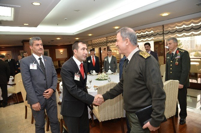 Köy Korucularından Genelkurmay Başkanı Orgeneral Akar'a Ziyaret