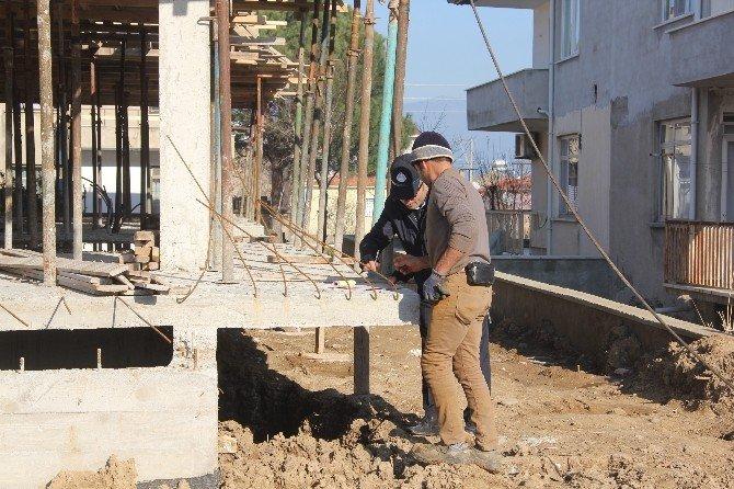 Burhaniye'de Kaçak İnşaata Geçit Yok