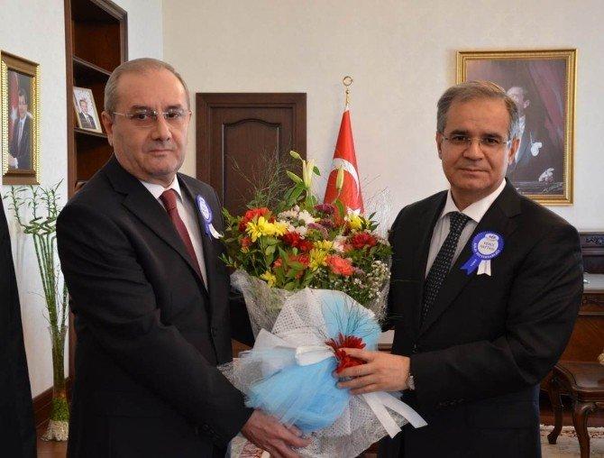 Vergi Haftası Nedeniyle Vali Tapsız'a Ziyaret