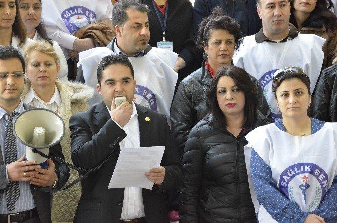 Sağlıkçılar Terör Eylemlerini Protesto Etti