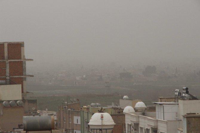 Nusaybin'de toz fırtınası