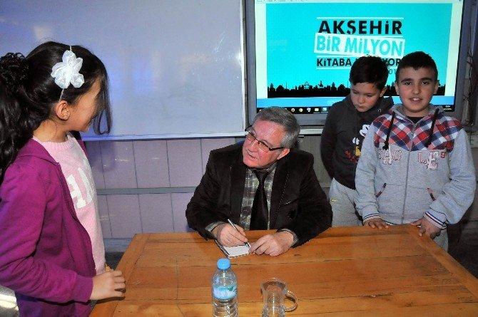 Yazar Mehmet Kemal Erdoğan Öğrencilerle Buluştu