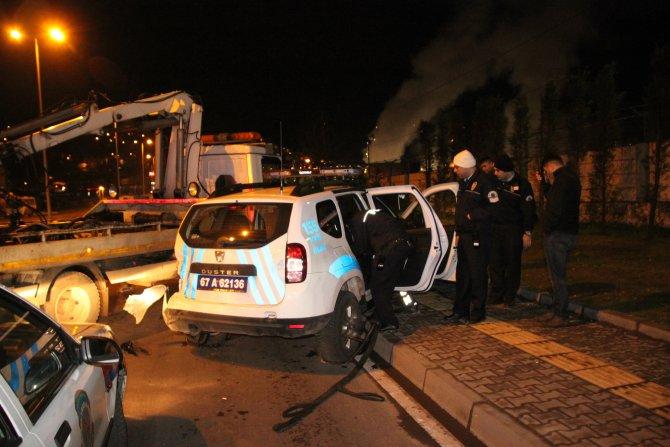 Ereğli'de alkollü sürücü polis aracına böyle çarptı