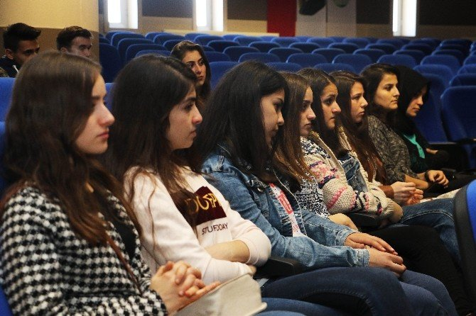 Lise Öğrencilerinden KBÜ'ye Ziyaret