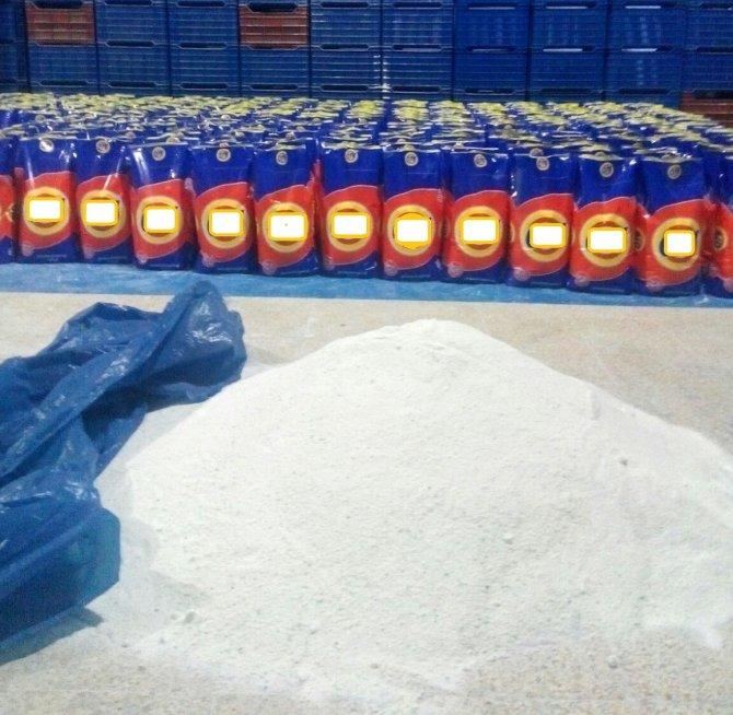 21 ton deterjan hammaddesine el konuldu, 2 kişi gözaltında