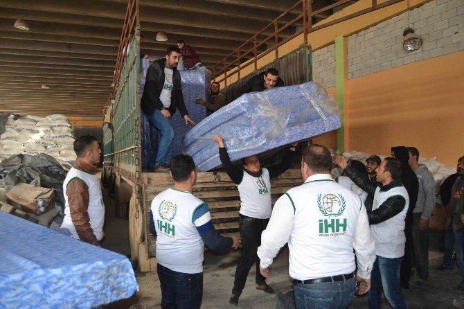 AK Partililerin Yardımları Suriye'ye Ulaştı