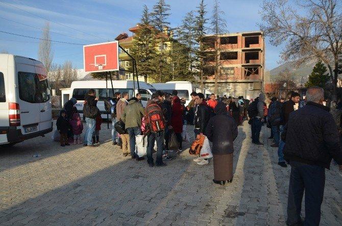Kaçak Göçmenlere Yardım Eden 2 Organizatör Tutuklandı