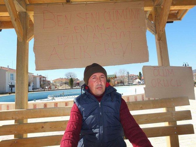 Belediyeden çıkartılan işçi açlık grevine başladı