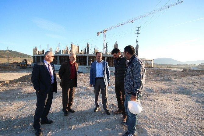 Türkiye'nin İlk Hilal Mimarili Hastanesi Yükseliyor
