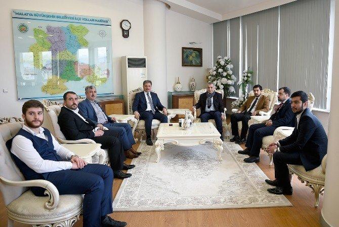 AK Parti İstanbul Milletvekili Metin Külünk'den Başkan Ahmet Çakır'a Ziyaret