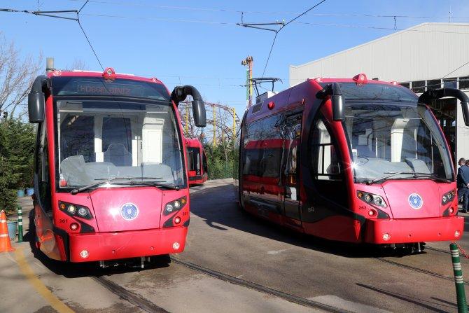 Bursa Büyükşehir'in raylı araç filosuna 4 ilave