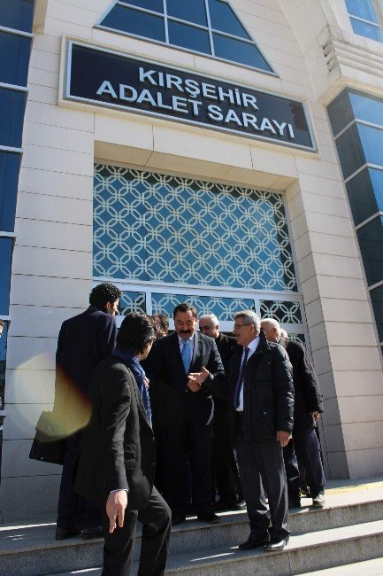 CHP İl Başkanına Pankart Davasında 2 Bin 180 Lira Ceza