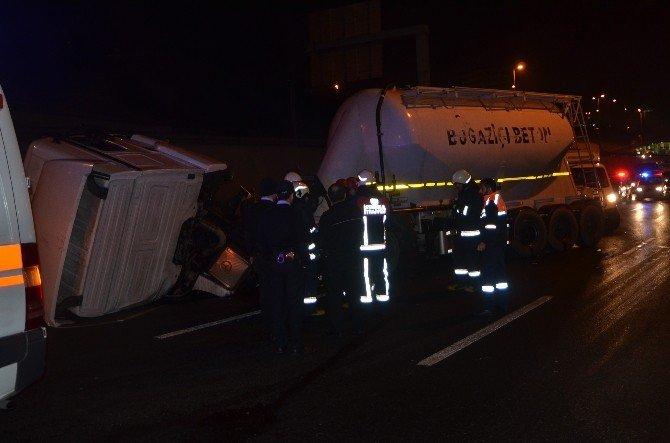 E-5 Karayolu'nda Beton Tankeri Yan Yattı