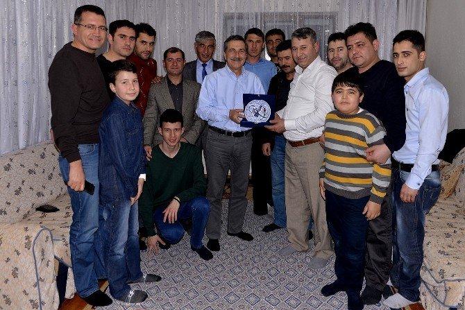 Tepebaşı Belediye Başkanı Ataç'ın Ev Ziyaretleri