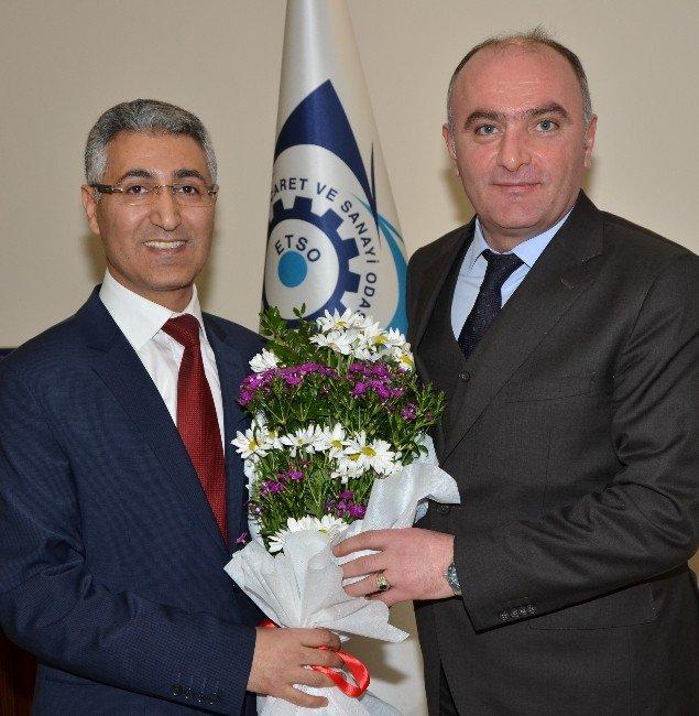 Vergi Dairesi Yöneticilerinden Başkan Özakalın'a Ziyaret