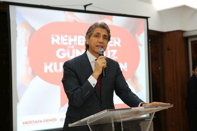 Başkan Mustafa Demir, Rehberlerle Buluştu