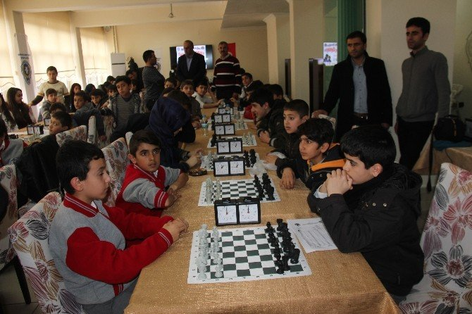 Öğrenciler Yarıştı