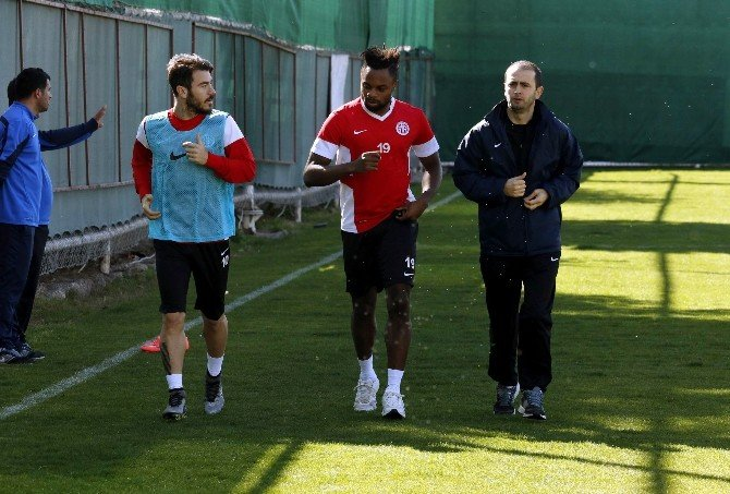 Antalyaspor, Sivasspor Maçının Hazırlıklarını Sürdürüyor