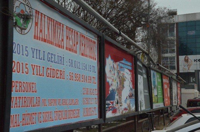 Iğdır Belediyesi'nin Gelir Gideri Billboardlarda