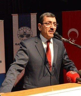 Elazığ'da Öğretmenler İçin Hizmet İçi Eğitim Semineri Düzenlendi