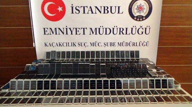 İstanbul'da Telefon Kaçakçılığı: 3 Gözaltı