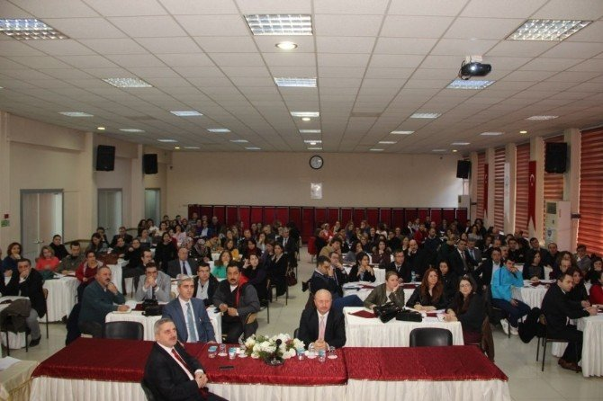 Öğretmenlere Yönelik Eğitim Programı Düzenlendi