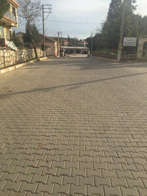 Salihli'de Mahalleler Büyükşehirle Güzelleşiyor