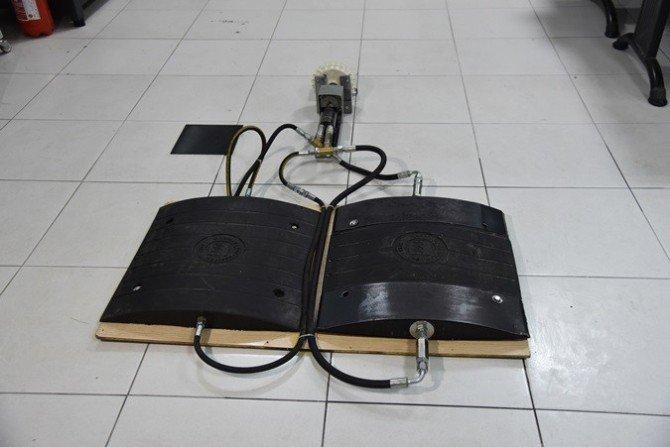 Elektrik Üreten 'Hız Kesici Kasis'