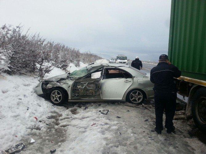 Buzlanma, Kazaya Neden Oldu: 5 Yaralı