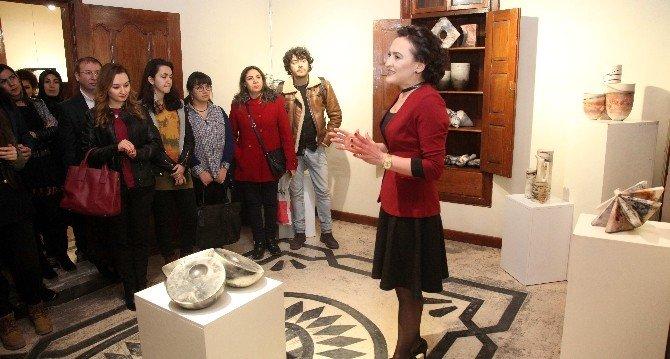 Öğretim Görevlisi Bozkurt'un Hazırladığı Seramik Sergisi Açıldı