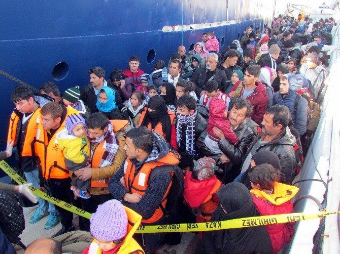 İzmir'de Dev Sığınmacı Operasyonu